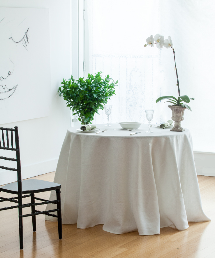 Formal Entertaining   Ivory Round Tablecloth   Pure Linen   Huddleson Linens