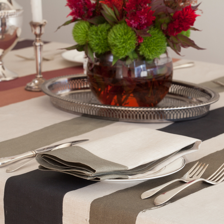 Huddleson Cinta Natural Linen Napkin with Green Border and Multicolor Stripe Tablecloth