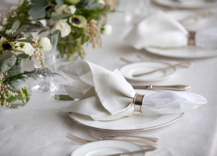 why linen napkins in classic ivory are essential for formal entertaining